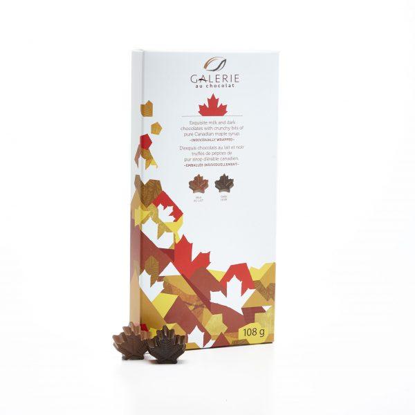 Chocolat au Lait et Noir Boîte Canadiana Feuilles d'Érable 108g
